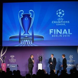 Real Madrid taça Liga dos Campeões Berlim (Foto: AFP)