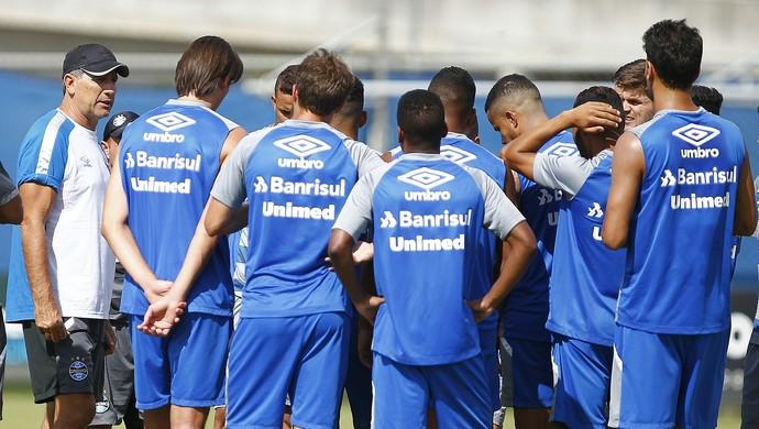 Renato grupo Grêmio (Foto: Lucas Uebel/Grêmio)