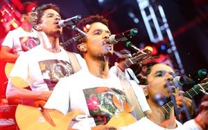 A banda Natiruts fez um show cheio de sucessos do reggae  (Foto: Vinicius Costa/Agência Preview)