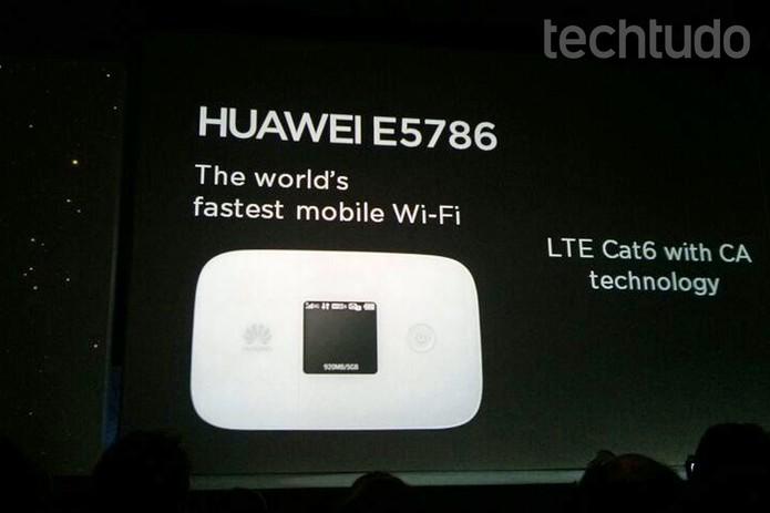 Hotspot Huawei E5786: o mais rápido do mundo (Foto: Isadora Díaz/TechTudo)