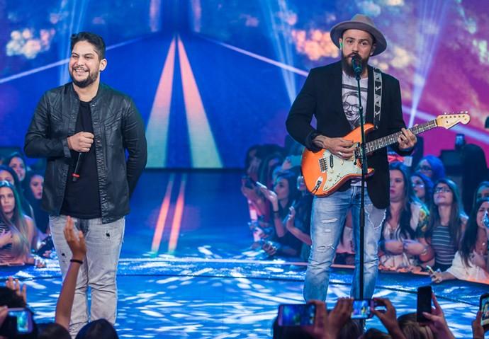 Jorge e Mateus ficam em primeiro lugar no 'Caldeirão de Ouro' com 'Sosseguei' (Foto: Artur Meninea/Gshow)