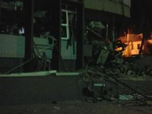 Grupo explode agência bancária de Morada Nova, no Ceará (Foto: Internauta Humberto Rabelo)