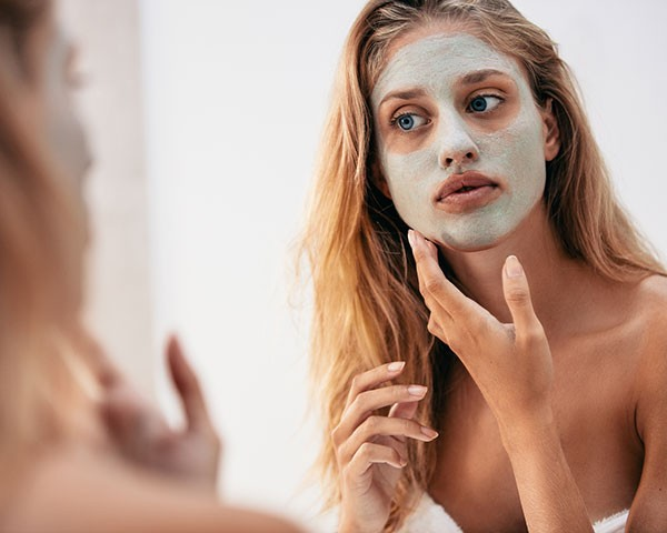 As máscaras faciais são o produto ais buscado no Google este ano (Foto: Thinkstock)