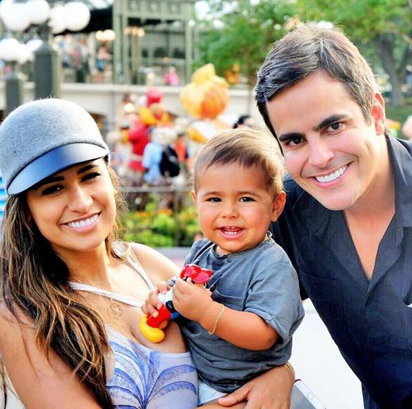 Simone com o filho, Henry, e o marido, Kaká (Foto: Reprodução / Instagram)