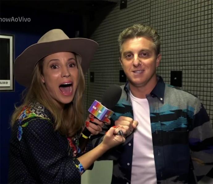 Maíra Charken recebe convite de Luciano Huck para fazer o 'Saltibum' 2016 (Foto: Vídeo Show / TV Globo)