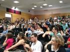 Alunos da UFU discutem PEC 241 e greve durante debates e reuniões