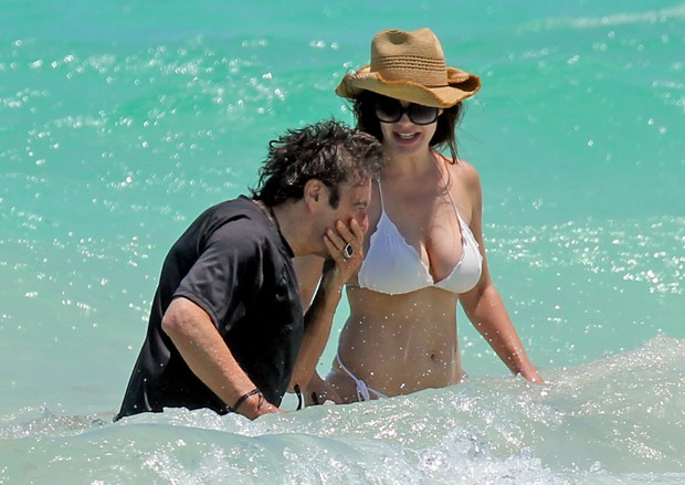 Al Pacino e Lucila (Foto: Grosby Group)