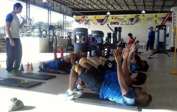 Elenco do Bahia treina em CT utilizado pelo Equador em Porto Alegre (Foto: Divulgação/E.C. Bahia)