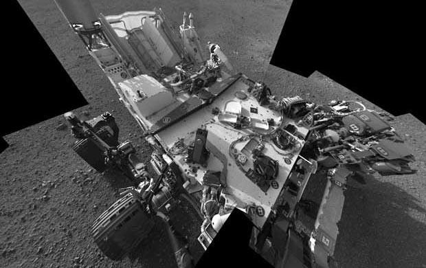 O robô Curiosity em Marte (Foto: Divulgação / Nasa)