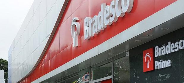 finest selection 73bc4 f8755 Fachada de agência do banco Bradesco (Foto  Reprodução Facebook)