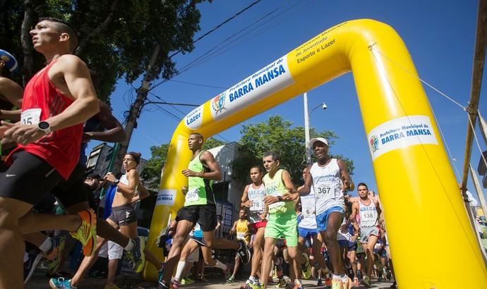 Corrida Rústica de São Sebastião foi realizada no domingo (Foto: Cris Oliveira/PMBM)