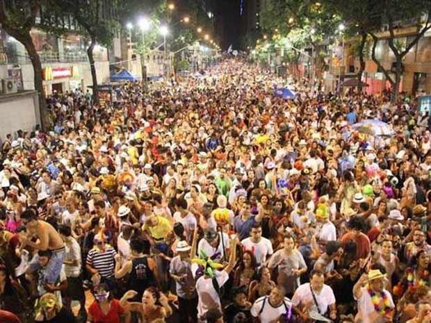 Bloco Embaixadores da Folia faz campanha de financiamento coletivo para conseguir desfilar (Foto: Glória Melgarejo/ Divulgação)