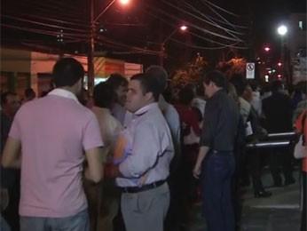 Assembleia dos bancários aconteceu na sede do sindicato, no centro do Recife (Foto: Reprodução / TV Globo)