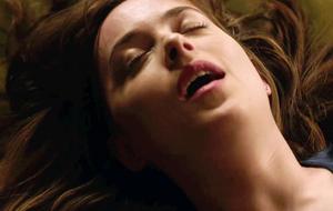 'Cinquenta Tons Mais Escuros' chega aos cinemas