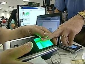 Eleitores de Londrina e Tamarana devem realizar o recadastramento até o dia 6 de setembro (Foto: Reprodução/RPCTV)
