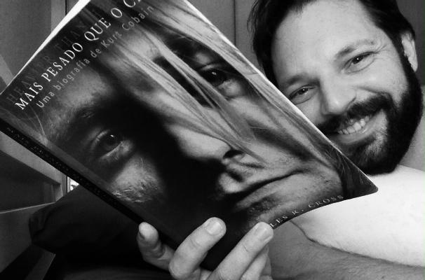 Mateus Luz, do programa De Ponta a Ponta, é fã assumido do Nirvana e está lendo a biografia do Kurt Cobain (Foto: Arquivo Pessoal)