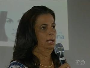 Cristina Lopes Afonso teve 80% do corpo queimado pelo namorado, em 1986 (Foto: Reprodução/TV Anhanguera)