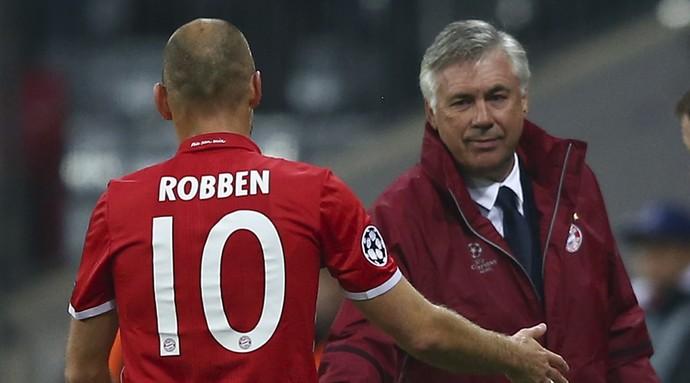 Robben Carlo Ancelotti Bayern de Munique PSV (Foto: Reuters)