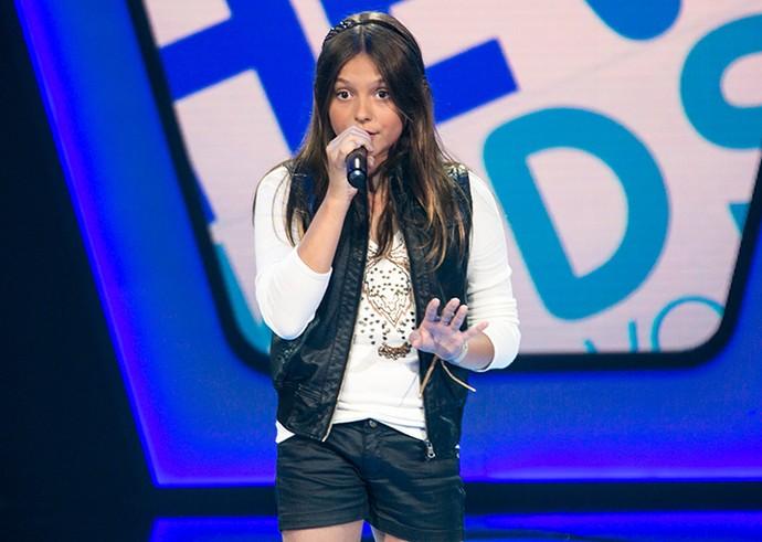 Laura Schadeck canta 'Burn' no The Voice Kids  (Foto: Isabella Pinheiro/Gshow)