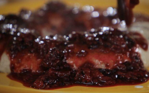 Bela Cozinha - Ep. 9  - Bolo-pudim de coco e baunilha (Foto: Reproduo / GNT)