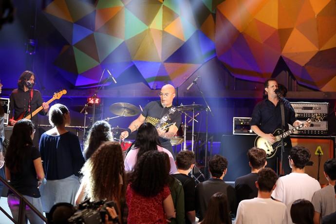 Plebe Rude faz uma homenagem ao cantor Renato Russo (Foto: Carol Caminha/Gshow)