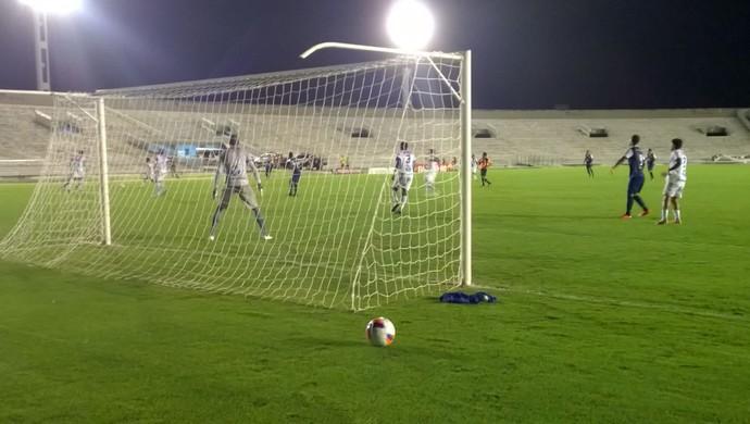 CSP x Atlético-PB (Foto: Larissa Keren / GloboEsporte.com/pb)
