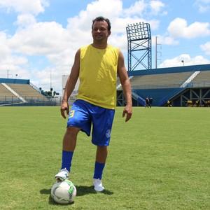 Delmo ex-jogador (Foto: Nathalia Silveira)