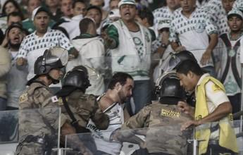 Torcedores do Palmeiras se envolvem em confusão com PMs no Mineirão