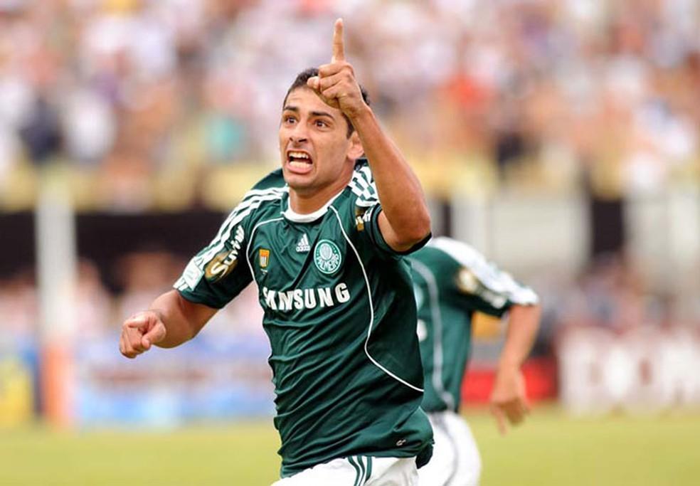 Diego Souza jogou pelo Palmeiras entre 2008 e 2010 (Foto: Marcos Ribolli)