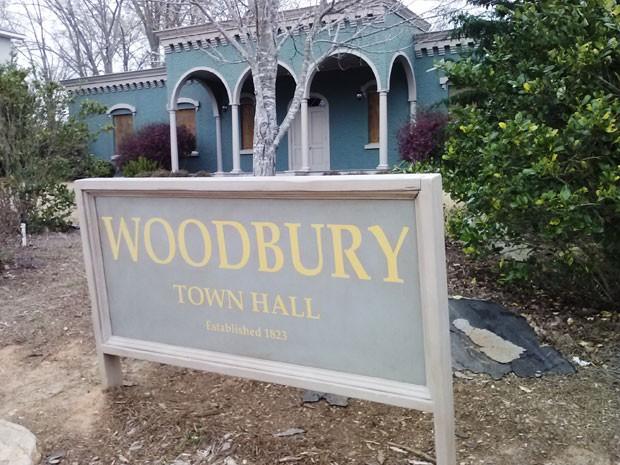 """A falsa prefeitura de """"Woodbury"""", cidade fictícia da série The Walking Dead construída em Senoia, na Geórgia (Foto: Colleen Jenkins/Reuters)"""