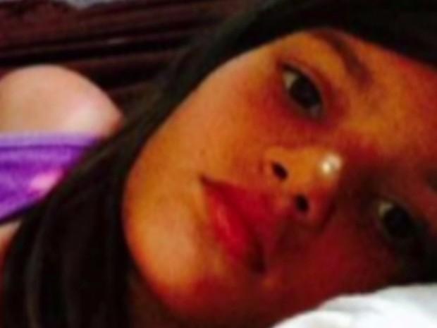 Menina de dez anos morreu em incêndio dentro da própria casa em Goiânia Goiás (Foto: Reprodução/TV Anhanguera)