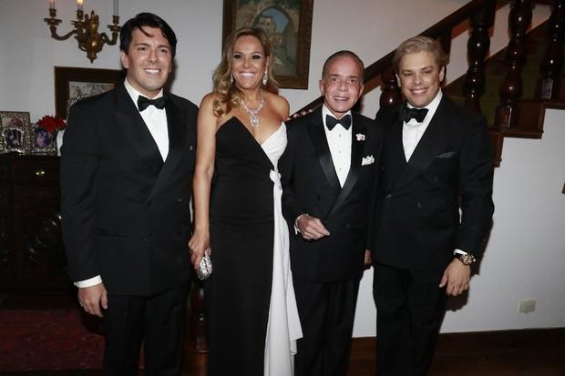 André Ramos, Marlene Rito, Chiquinho Scarpa e BRuno Chateaubriand (Foto: Fred Pontes/Divulgação)