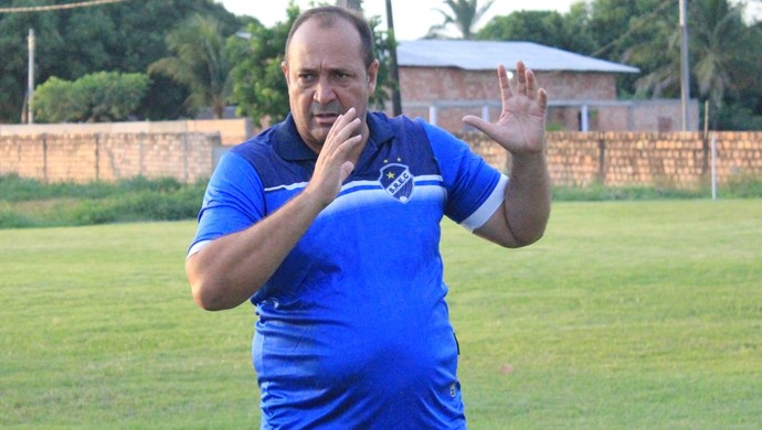 Chiquinho Viana, técnico do São Raimundo-RR (Foto: Nailson Wapichana)