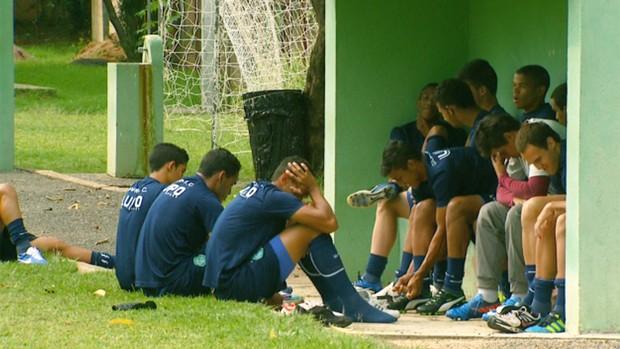 Guarani treina para disputa da Copa São Paulo de Juniores (Foto: Reprodução / EPTV)
