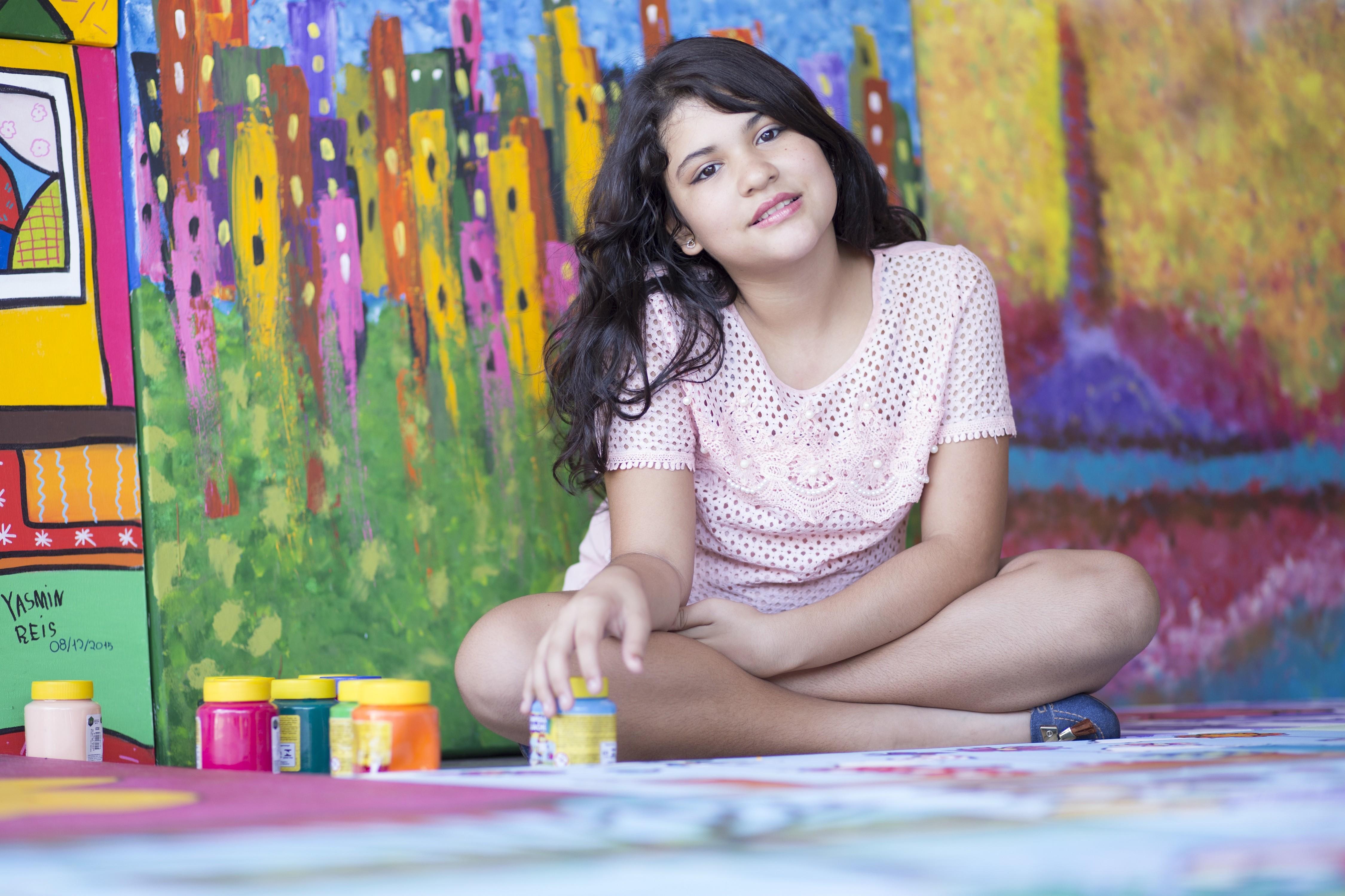 Yasmin Reis, outra criança que terá sua obra exposta na mostra em Outubro (Foto: Divulgação)
