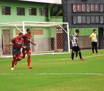 Andirá x Galvez gol de Cabañas (Foto: Duaine Rodrigues)