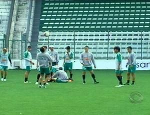 Elenco do Juventude volta a treinar no RS (Foto: Reprodução/RBS TV)