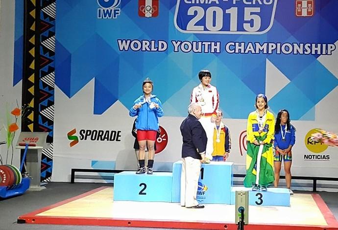 Levantamento de peso - medalha de bronze - Emily Figueiredo (Foto: Reprodução/Facebook/Edmilson Dantas)