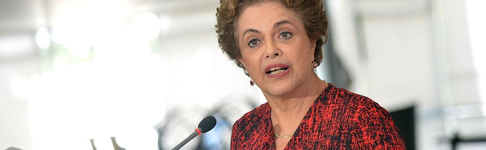 Em coletiva de imprensa, a presidente Dilma fala sobre a volta do presidente Lula ao Planalto (Foto: Wilson Dias/Agência Brasil)