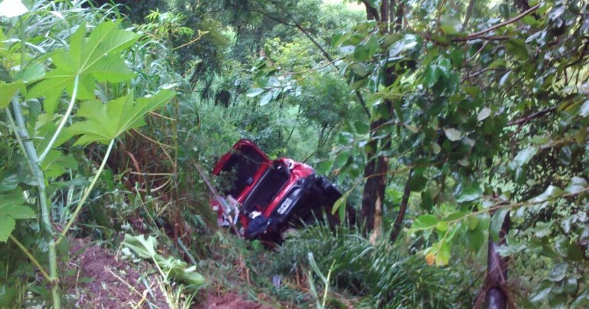 Cinco argentinos são atropelados em acostamento e um morre em SC - Globo.com