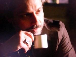 Comendador toma café com Jesuína (Foto: Gshow)