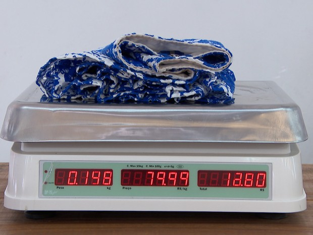dde24c951 G1 - Outlet vende roupas por quilo e preço agrada clientes em ...