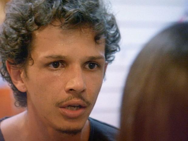 'Não estou a fim de passar por tudo aquilo de novo', responde Elivaldo (Foto: TV Globo)