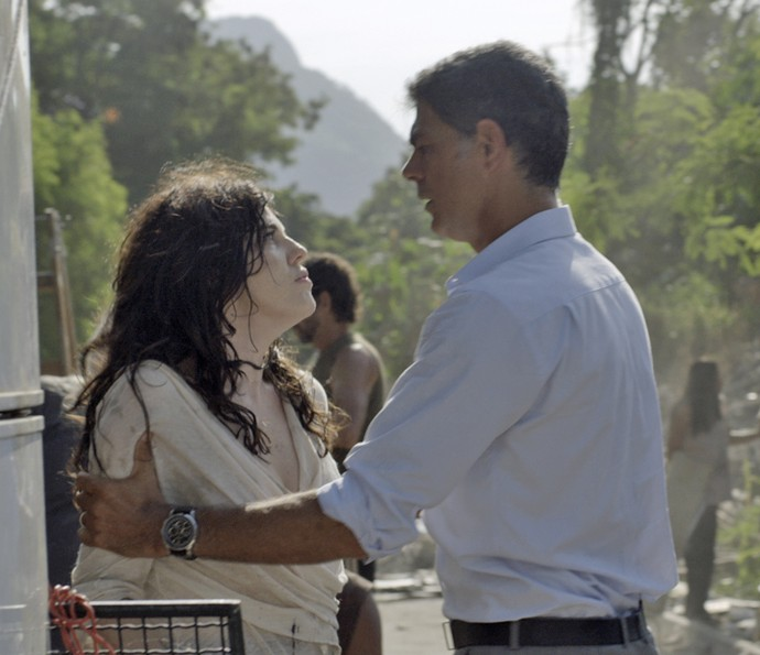 Nelita e Orlando se enfrentam (Foto: TV Globo)