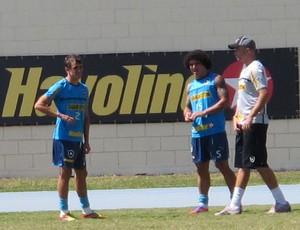 Lucas, Márcio Azevedo botafogo (Foto: Thales Soares/GLOBOESPORTE.COM)