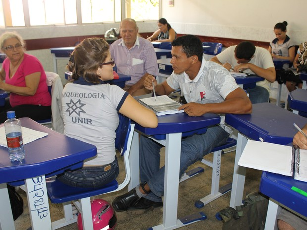 Segundo José Júnior a convivência com os colegas é muito boa (Foto: Ivanete Damasceno/G1)