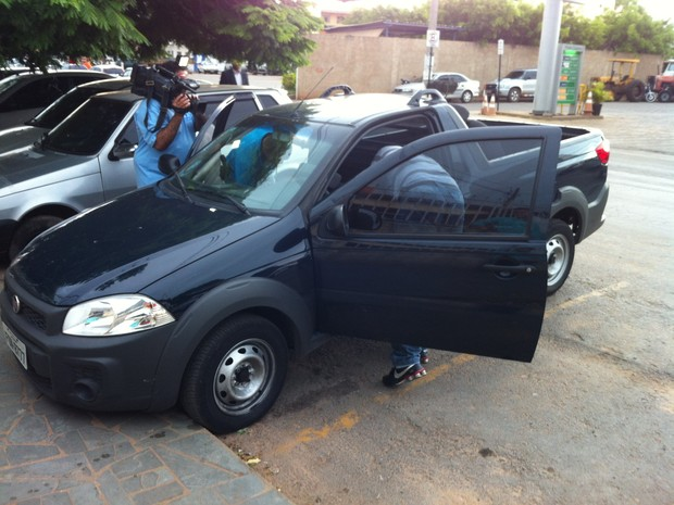 Carro clonado foi apreendido na casa do vereador (Foto: Valdivan Veloso/G1)