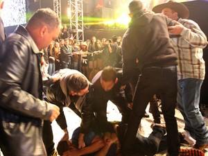 Brigas foram registradas na Festa do Peão de Americana neste sábado (Foto: Pedro Amatuzzi-Fotografia)