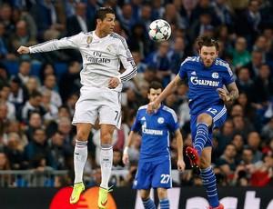 Real Madrid x Shalkie 04- lance de jogo (Foto: Reuters)