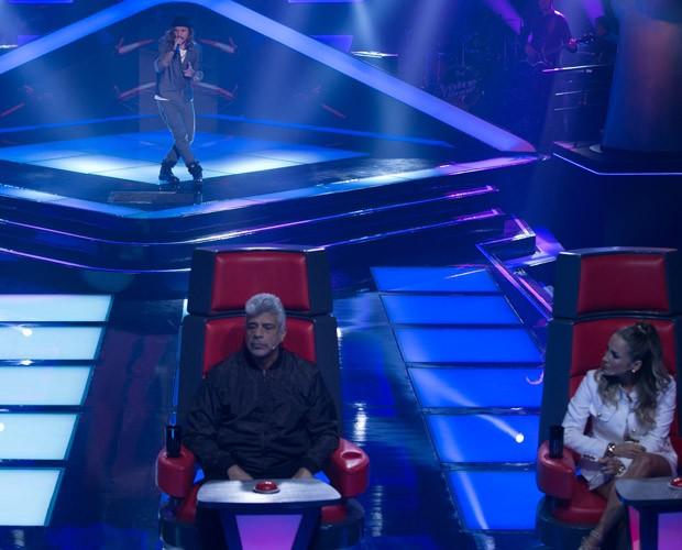 Kim Lírio canta 'Sem Radar' (Foto: Isabella Pinheiro/ TV Globo)